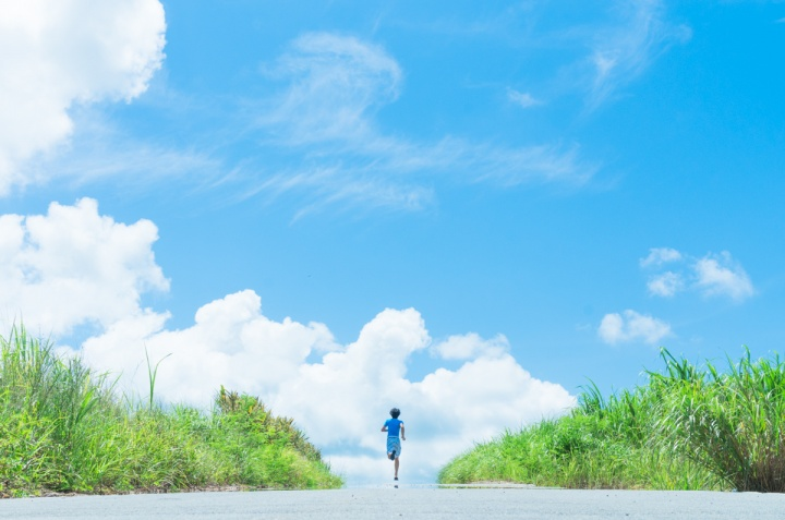 沖縄を駆け抜ける