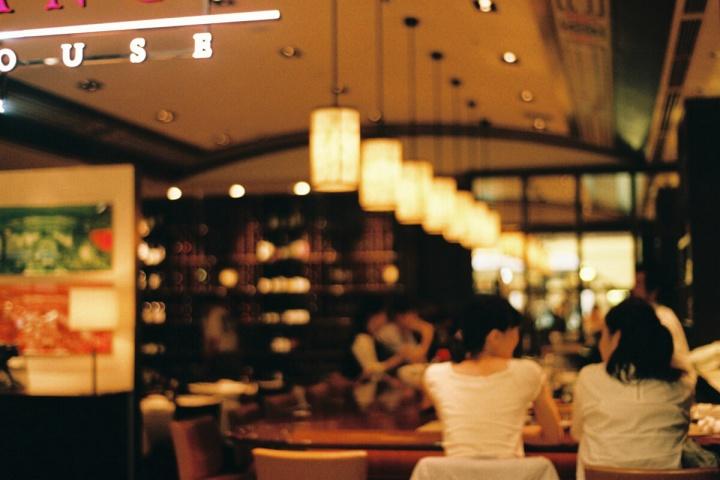 カフェ(Nikon EMで撮影)