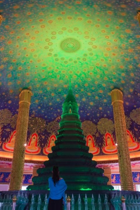 ガラスの仏塔 ワット・パークナム (Wat Paknam)