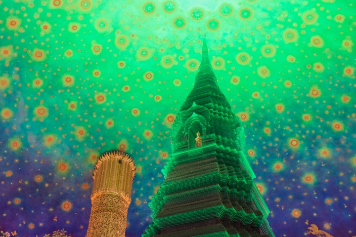 緑ガラスの仏塔 ワット・パークナム (Wat Paknam)