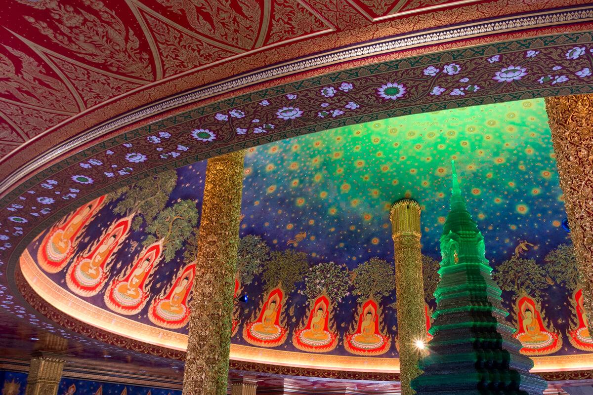 ワット・パークナム (Wat Paknam)